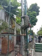 BKO Kecamatan Jetis melaksanakan pembersihan sampah visual