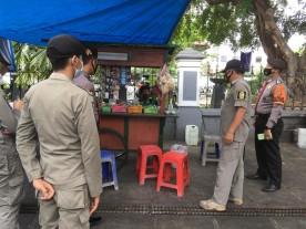 Pol PP Pariwisata Bersama  Polisi Pariwisata Melaksanakan Kegiatan Terpadu di Kawasan Malioboro Yogyakarta