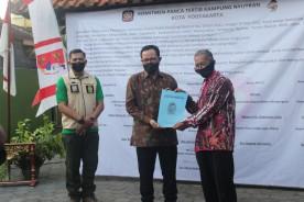 Deklarasi Gerakan Kampung Panca Tertib, Kampung Nyutran